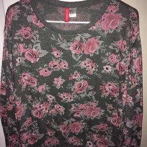 Tops - Long Sleeve Flower Shirt